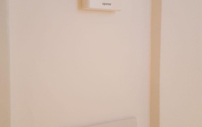 Ristrutturazione in bioedilizia - dettaglio su termostato